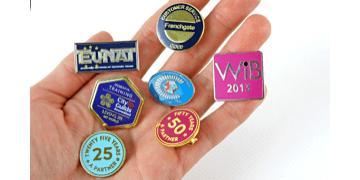 Syntetisch glazuur Metaal Badges